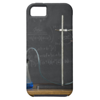 Science experiment in front of blackboard iPhone SE/5/5s case