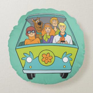 Scooby Doo Pose 71 Round Pillow