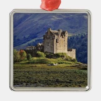 Scotland, Highland, Wester Ross, Eilean Donan 3 Christmas Tree Ornament