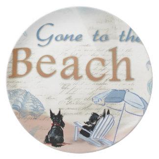 Scottie Beach Party Plates
