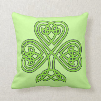 Scottish Irish Shamrock Celtic Green Knot Pattern Throw Pillow