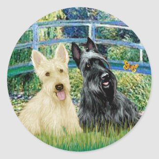 Scottish Terriers (two-BW) - Bridge Classic Round Sticker