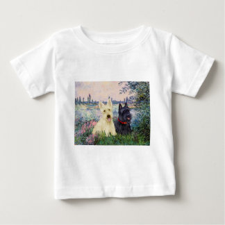 Scottish Terriers (two-BW) - By the Seine T Shirt