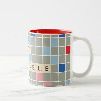 Scrabble conseguido taza de dos tonos