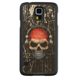 Scratched Dutch Dj Skull with Headphones Carved® Maple Galaxy S5 Slim Case