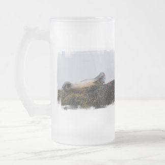 Scratching Seal Frosted Beer Mug