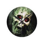 SCREAMING (skull) ~ Round Wall Clock