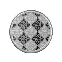 Scroll Damask Ptn B&W on Gray Speaker