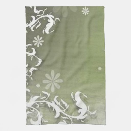 Scrolls with flowers on green ground - towels
