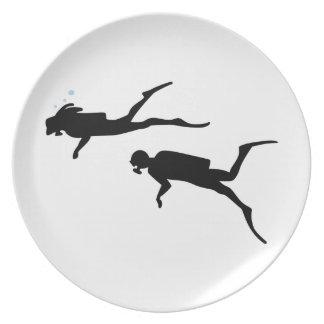 Scuba Divers Plate