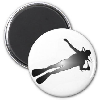 SCUBA NIGHT DIVE 2 INCH ROUND MAGNET