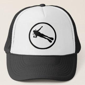 SCUBA THE FORMATION TRUCKER HAT