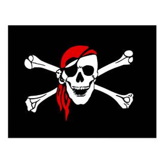 Scull y bandera pirata tarjeta postal