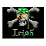 Scull y huesos irlandeses del pirata postal