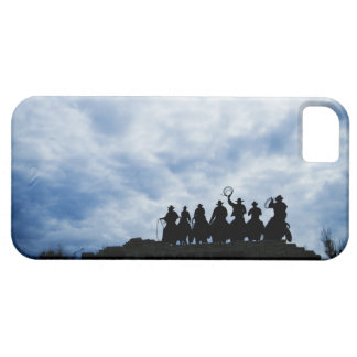 sculpture that welcomes you to Dodge City Kansas iPhone SE/5/5s Case