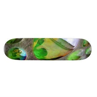 Scupture verde refleja el vidrio patines personalizados