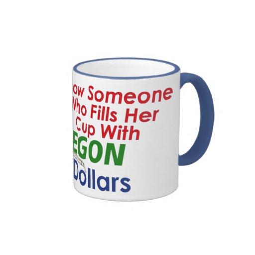 Sé alguien que llena su cruzado de la taza…
