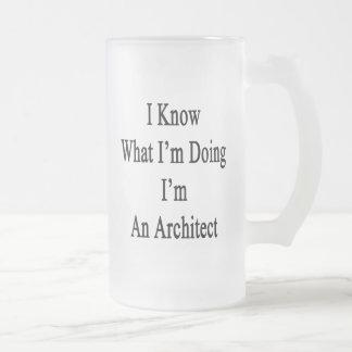 Sé cuál soy haciendo yo soy arquitecto taza de cristal