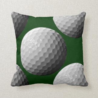 se divierte la almohada de tiro de las pelotas de cojín decorativo