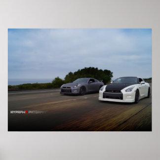 Se dobla 2 Nissan R35 en PCH Poster