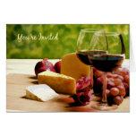 Se invita el vino del campo, queso y da fruto uste felicitación