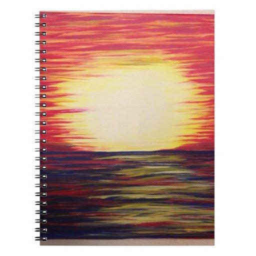 Se presenta el brillo libro de apuntes con espiral