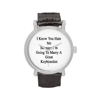 Sé que usted me odia porque voy a casar A GR Reloj