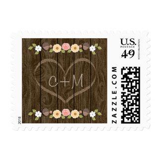 Se ruboriza el boda tallado amor rústico del timbre postal