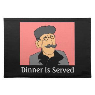 Se sirve la cena manteles