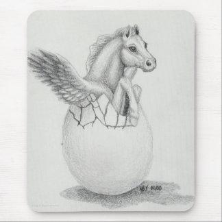 """""""Se va volando"""" al bebé Pegaso, colección del caba Alfombrillas De Ratón"""