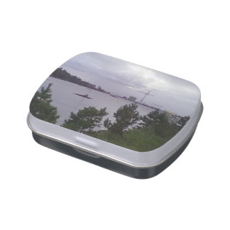 Sea and building candy tin
