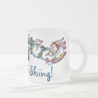 ¡Sea bastante taza de esquí del muñeco de nieve!