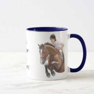 Sea bastante taza del caballo de montar a caballo
