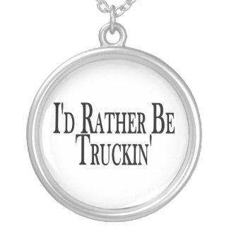 Sea bastante Truckin Pendientes