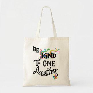 Sea bueno con uno otro - taza bolsa de mano