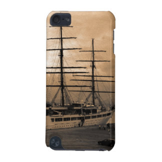 Sea Cloud II iPod Touch 5G Cases