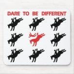 Sea diferente - el decir divertido del caballo tapetes de raton