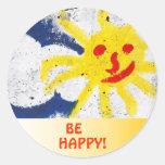 Sea feliz etiquetas redondas