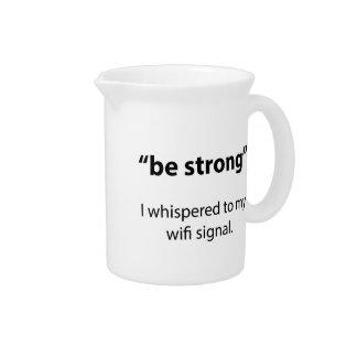 Sea fuerte jarras de beber