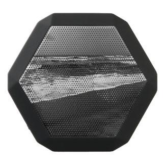 sea it is black bluetooth speaker