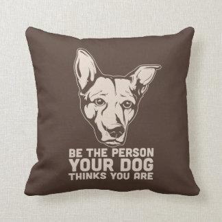 sea la persona que su perro piensa que usted es almohadas
