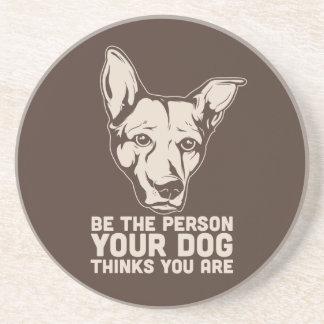 sea la persona que su perro piensa que usted es posavaso para bebida