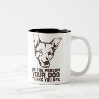 sea la persona que su perro piensa que usted es tazas de café
