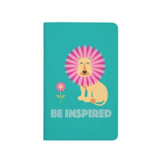 Sea libro de bolsillo inspirado cuaderno grapado