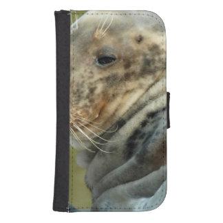 sea-lion-5.jpg phone wallet