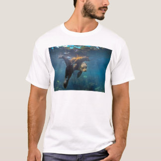 Sea lion mother and pups underwater Galapagos T-Shirt