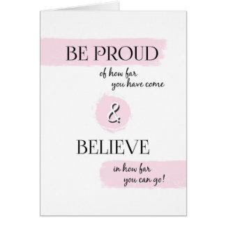 Sea orgulloso y crea la enhorabuena de la tarjeta de felicitación