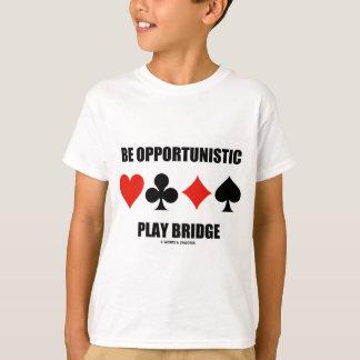 Sea puente oportunista del juego (cuatro juegos de playera