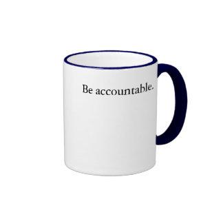 Sea responsable taza de dos colores