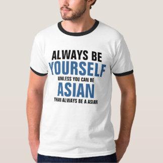 Sea siempre usted mismo a menos que usted pueda playeras